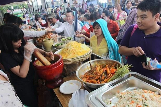 Presentaran exquisiteces culinarias mundiales en Ciudad Ho Chi Minh hinh anh 1