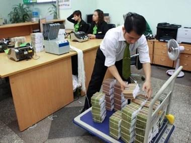 Bancos comerciales vietnamitas reportan altas ganancias en 2017 hinh anh 1