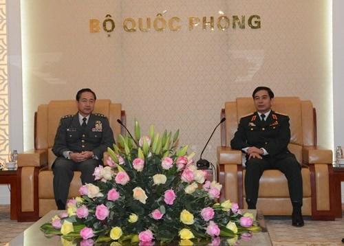 Vietnam y Japon trazan directrices para cooperacion en defensa hinh anh 1