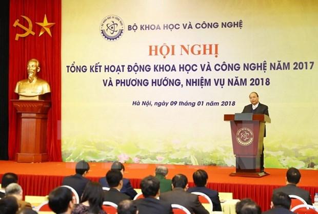 Ciencia y tecnologia deben contribuir a elevar eficiencia economica, dijo premier vietnamita hinh anh 1