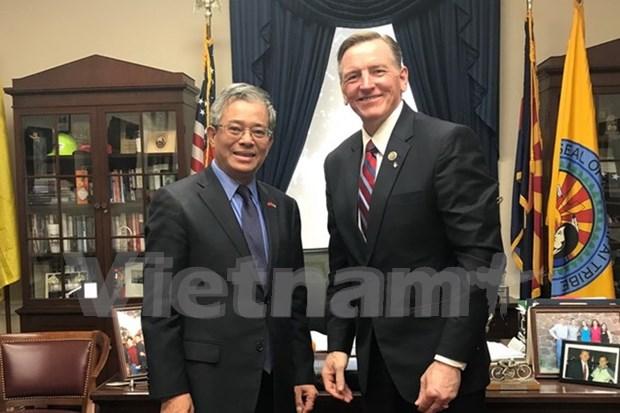 Vietnam y Estados Unidos fomentan cooperacion en energia y defensa hinh anh 1