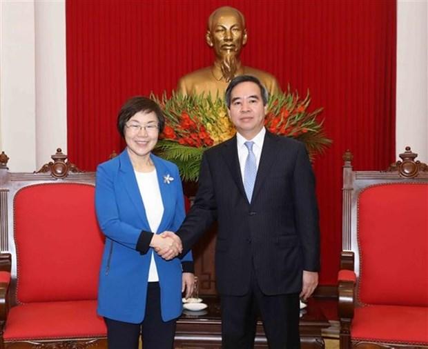 Jefe de Comision Economica del Partido Comunista de Vietnam recibe a presidenta de KOICA hinh anh 1