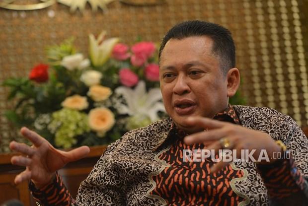 Vietnam felicita a nuevo presidente del parlamento de Indonesia hinh anh 1