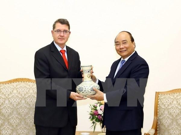 Vietnam valora amistad tradicional y cooperacion multifacetica con Austria hinh anh 1