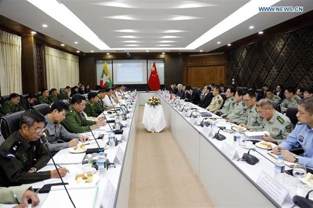 Myanmar y China prometen promover la paz en las areas fronterizas hinh anh 1