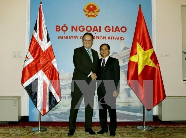 Destaca Secretario de Estado britanico oportunidades de cooperacion en Vietnam hinh anh 1