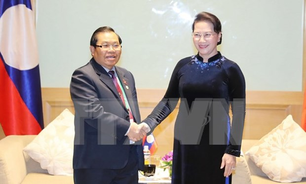 Presidenta del Parlamento vietnamita recibe a lideres legislativos extranjeros hinh anh 1