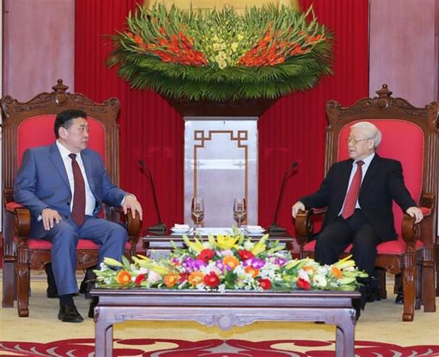 Maximo dirigente partidista de Vietnam aboga por estrechar lazos con Mongolia hinh anh 1