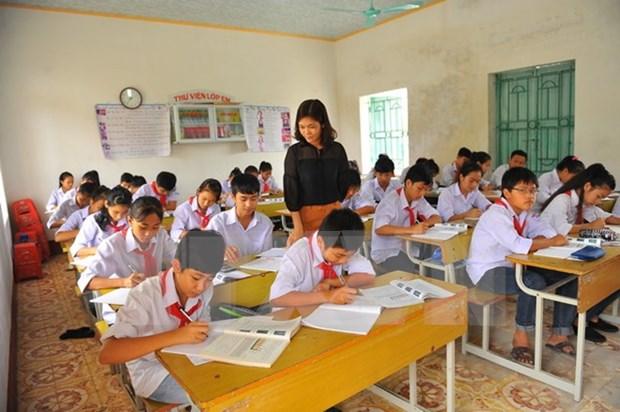 Reducen tasa de ninos sin escuela en Vietnam hinh anh 1