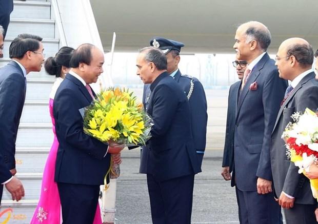 Premier vietnamita llega a Nueva Delhi para Cumbre conmemorativa ASEAN-India hinh anh 1