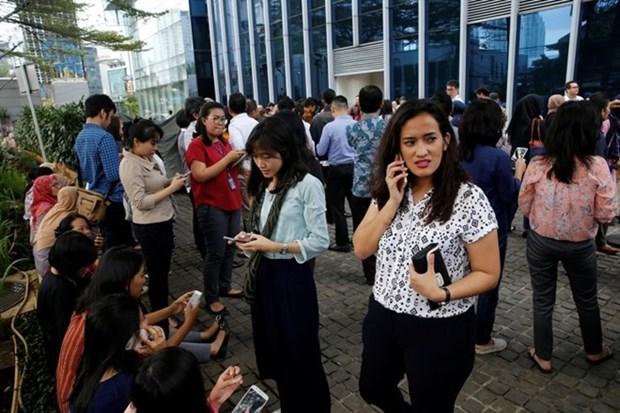 Indonesia: terremoto de magnitud 6,1 sacude isla de Java hinh anh 1