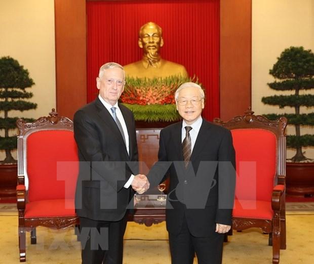 Maximo dirigente partidista de Vietnam propuso fomentar lazos con EE.UU. en sectores potenciales hinh anh 1