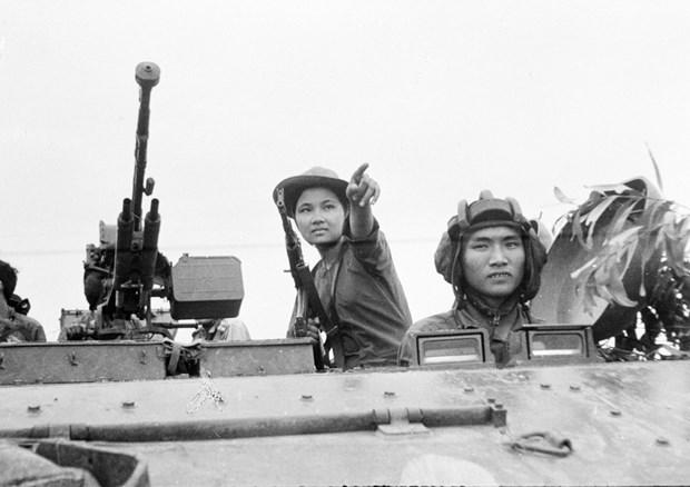 Inauguran estela conmemorativa a martires en Ofensiva general del Tet Mau Than hinh anh 1
