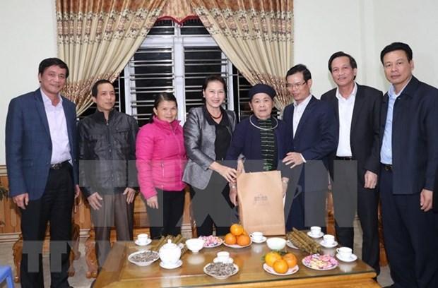 Presidenta del Parlamento felicita a pobladores de Ha Giang en ocasion del Tet hinh anh 1