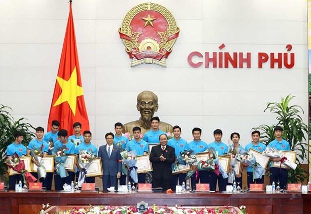 Premier de Vietnam destaca historico triunfo de seleccion sub23 en Campeonato continental hinh anh 1
