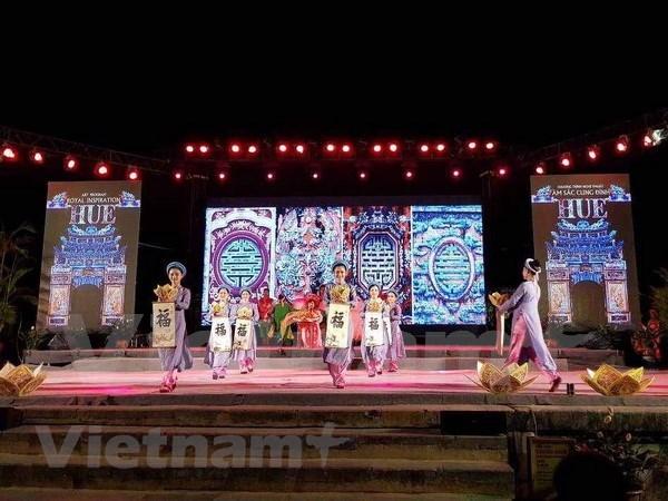 Antigua capital de Vietnam fija meta multimillonaria de turistas extranjeros en 2018 hinh anh 1