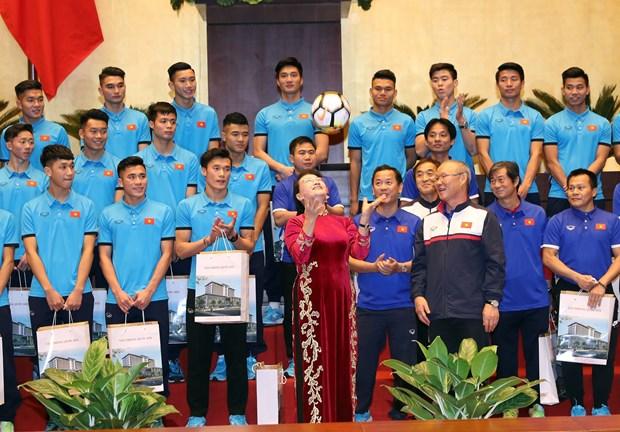 Presidenta parlamentaria enfatiza desempeno de seleccion de futbol sub-23 hinh anh 1
