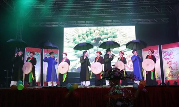 Comunidad vietnamita en el exterior festeja en saludo al Ano Nuevo Lunar hinh anh 1