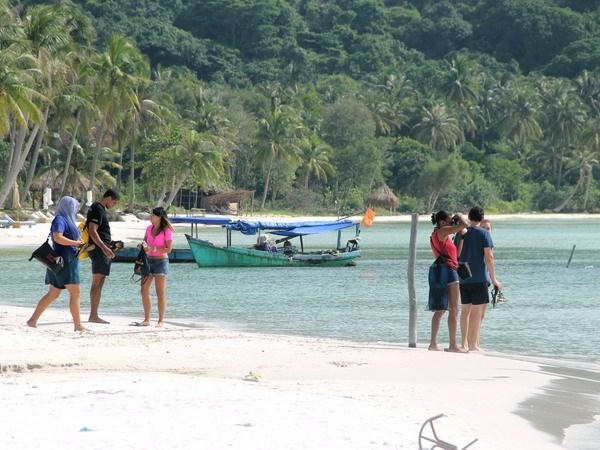 Crece numero de turistas a Phu Quoc en enero hinh anh 1