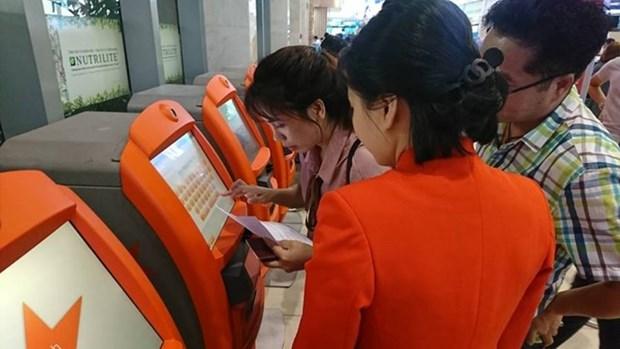 Jetstar Pacific instala quioscos de check-in en aeropuerto hinh anh 1