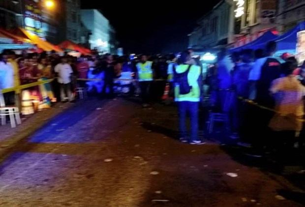 Mas de 20 personas heridas tras explosion de fuegos artificiales en Malasia hinh anh 1