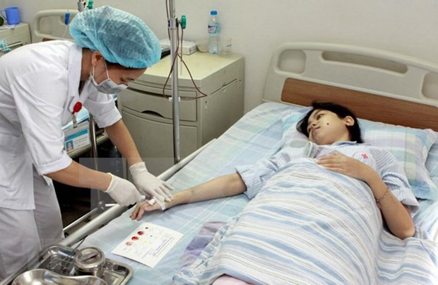 Vietnam busca aumentar cobertura de seguro de salud hinh anh 1