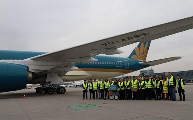 Vietnam Airlines por atraer a pasajeros de Francia y Europa hinh anh 1