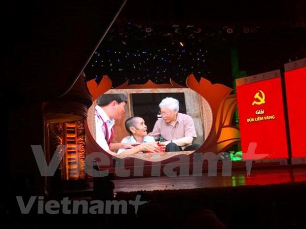 Concurso periodistico destaca trabajo de construccion partidista hinh anh 1