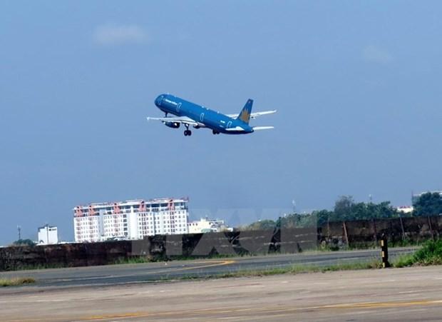 En alza cantidad de pasajeros en aeropuerto Tan Son Nhat hinh anh 1