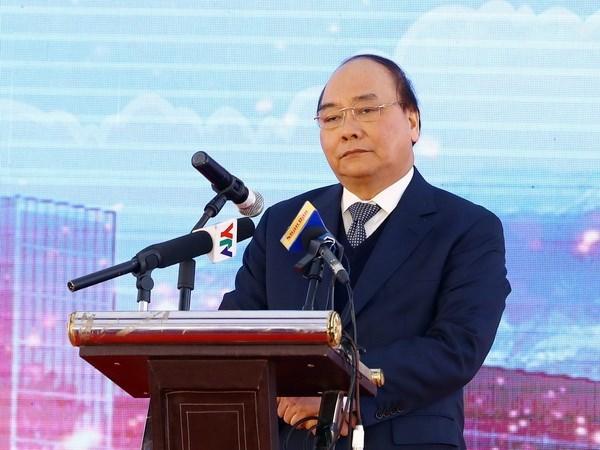 Premier vietnamita: Es necesario revisar plan de inversion publica hinh anh 1
