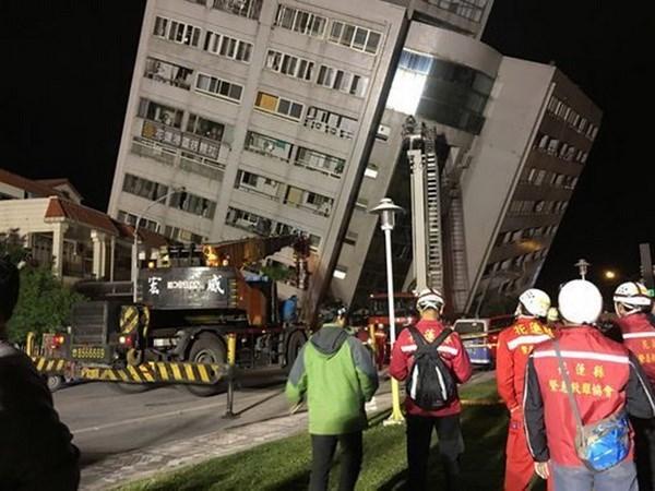 Vietnam establece linea telefonica directa para apoyar a ciudadanos despues de terremoto en Taiwan hinh anh 1