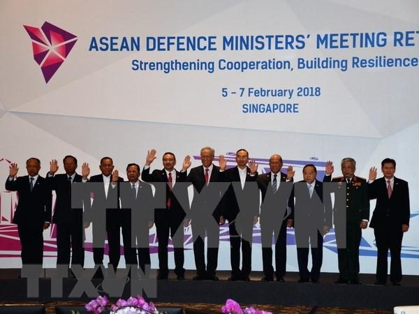 Vietnam propone impulsar cooperacion de defensa entre paises miembros de ASEAN hinh anh 1