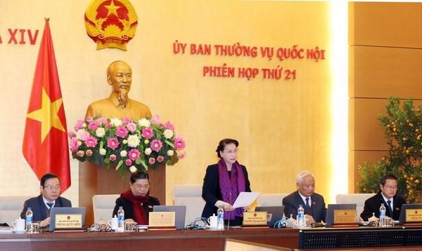 Clausuran XXI reunion del Comite Permanente del Parlamento de Vietnam hinh anh 1