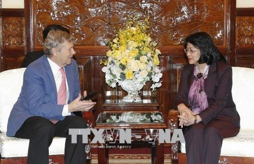 Vicepresidenta vietnamita elogia actividades de Operation Smile con ninos hinh anh 1