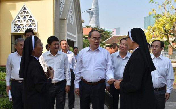Dirigente de Ciudad Ho Chi Minh felicito a Congregacion de Amantes de la Cruz en ocasion de Tet hinh anh 1