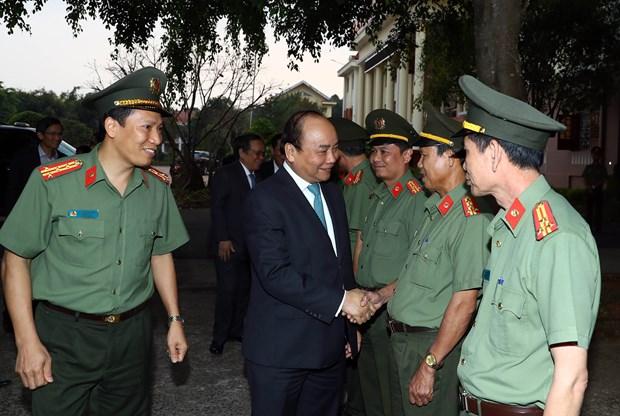 Premier vietnamita dialoga con guardia fronteriza en Dak Nong hinh anh 1