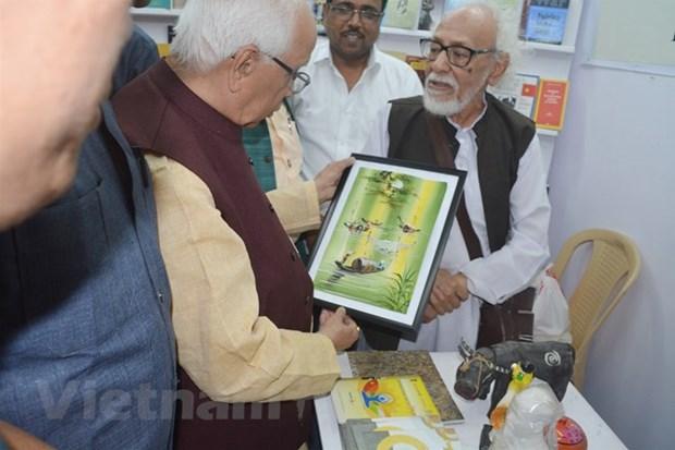 Libros vietnamitas exhibidos en feria internacional en India hinh anh 1