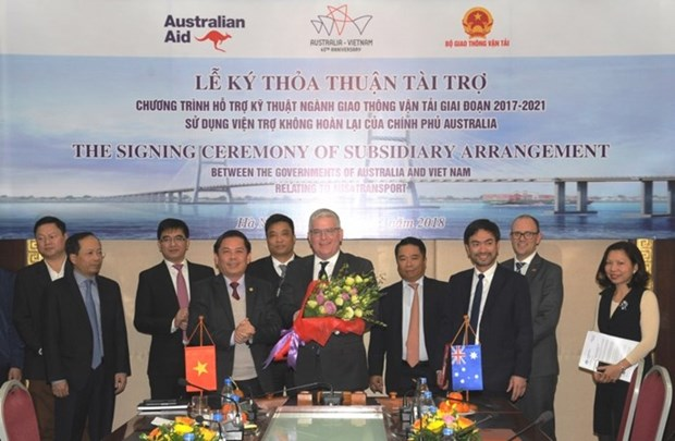 Australia ayuda a Vietnam en el desarrollo de transporte hinh anh 1