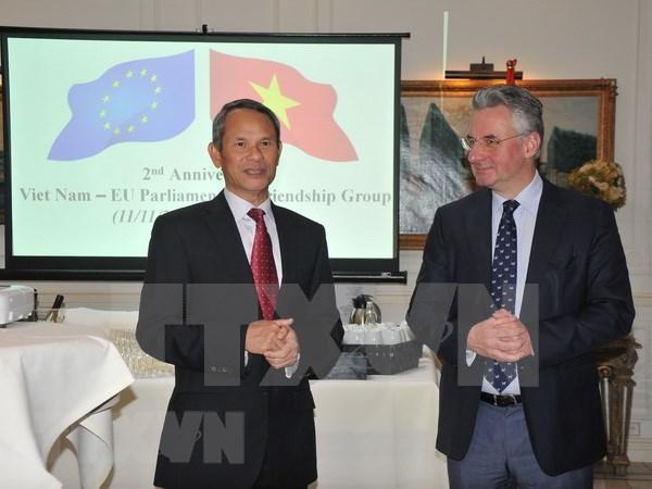 Relaciones Vietnam- Belgica registraron avances notables en 2017 hinh anh 1