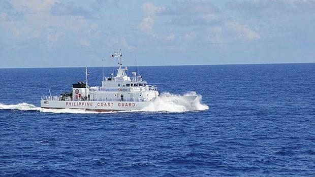 Filipinas se opone a que China asigne nombres chinos a accidentes marinos de su meseta continental hinh anh 1