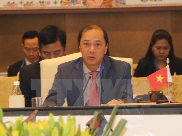 Vietnam busca promover iniciativas a favor de cooperacion en la ASEAN hinh anh 1