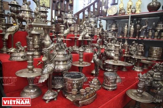 Dai Bai se esfuerza por preservar el oficio de fundicion de bronce hinh anh 1