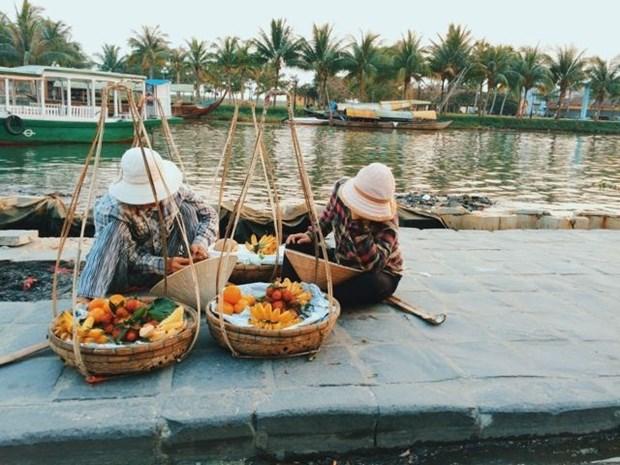 Palos de carga, marca turistica de casco antiguo de Hoi An hinh anh 1