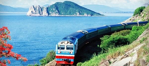 Viajes a lo largo de Vietnam en ruedas de tren hinh anh 1