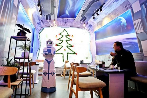 Robotcafe, cafeteria con robot mesero en Hanoi hinh anh 1