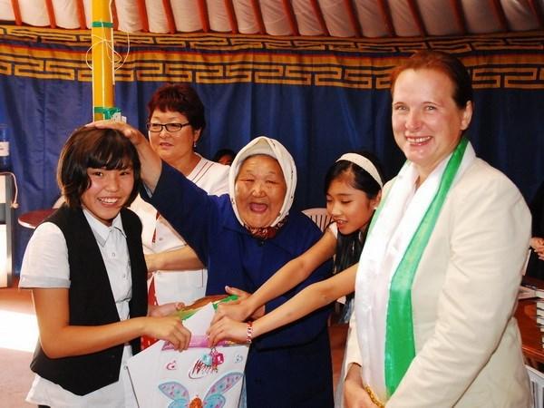 Rusia desea incorporacion de Vietnam a proyectos para impulsar la paz hinh anh 1