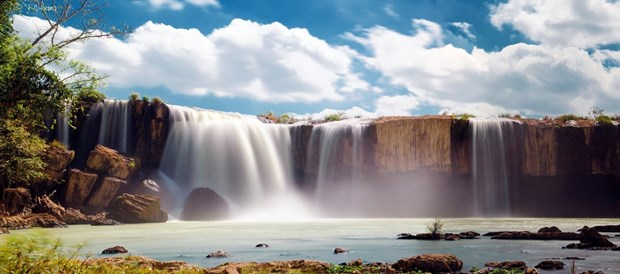 Provincia vietnamita de Dak Lak recibe a 140 mil turistas en ocasion del Tet hinh anh 1