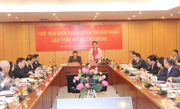 Presidenta del Parlamento vietnamita exhorta al Ministerio de Finanzas a elevar su gestion hinh anh 1