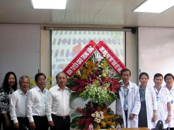 Destacan contribuciones de medicos de Hospital de Enfermedades Tropicales de Ciudad Ho Chi Minh hinh anh 1
