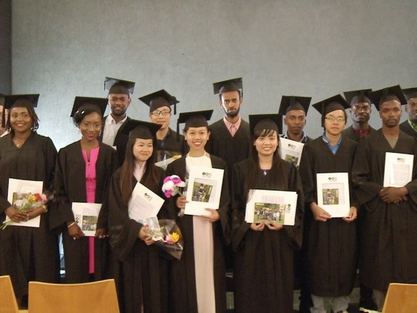 Estudiantes vietnamitas alcanzan el titulo de Master en Agricultura en Tel Aviv hinh anh 1
